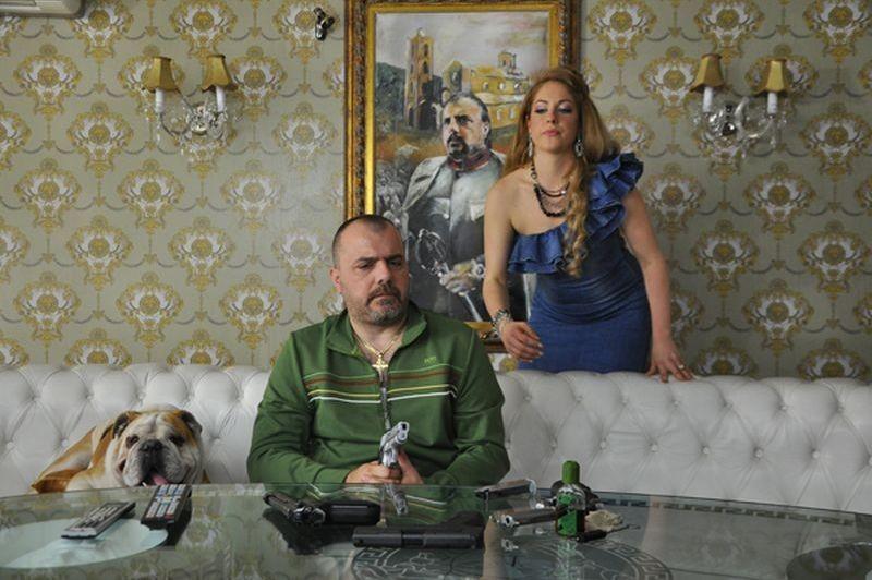 The Parade: Nikola Kojo con Nataša Marković in una scena del film