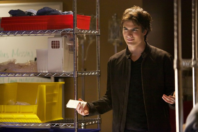 The Vampire Diaries: Ian Somerhalder in una scena dell'episodio The Rager