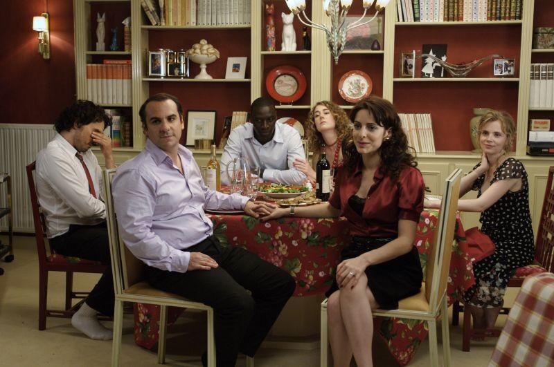 Troppo amici: una scena di gruppo tratta dal film