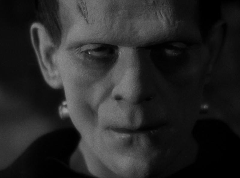 Frankenstein: Boris Karloff in una scena del film