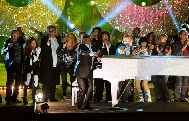 Stars 80: Gilbert Montagné, Sabrina Salerno, Jean Schultheis , Peter & Sloane, Patrick Hernandez e Lio in una scena