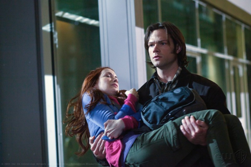 Jared Padalecki e Felicia Day nell'episodio The Girl with the Dungeons and Dragons Tattoo della settima stagione di Supernatural