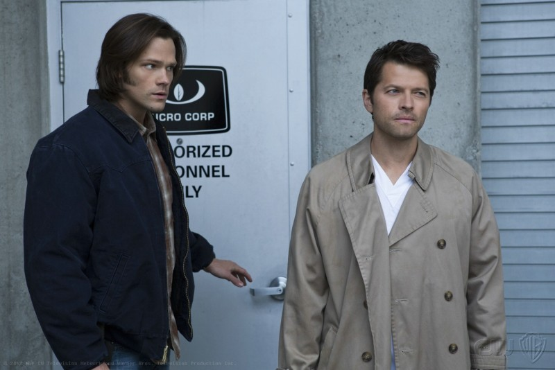Jared Padalecki e Misha Collins nell'episodio Survival of the Fittest della settima stagione di Supernatural