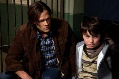 Jared Padalecki in una scena dell'episodio Mommy Dearest della sesta stagione di Supernatural