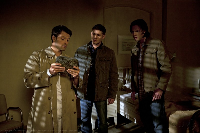 Jensen Ackles, Misha Collins e Jared Padalecki nell'episodio Reading is Fundamental della settima stagione di Supernatural