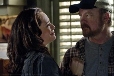 Jim Beaver e Samantha Ferris nell'episodio My Heart Will Go On della sesta stagione di Supernatural