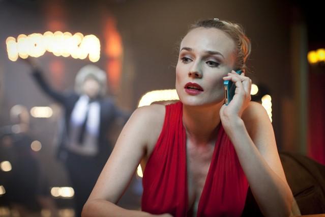 Diane Kruger al telefono nella commedia Un plan parfait