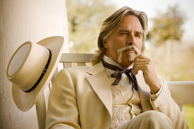 Un intenso primo piano di Don Johnson in Django Unchained