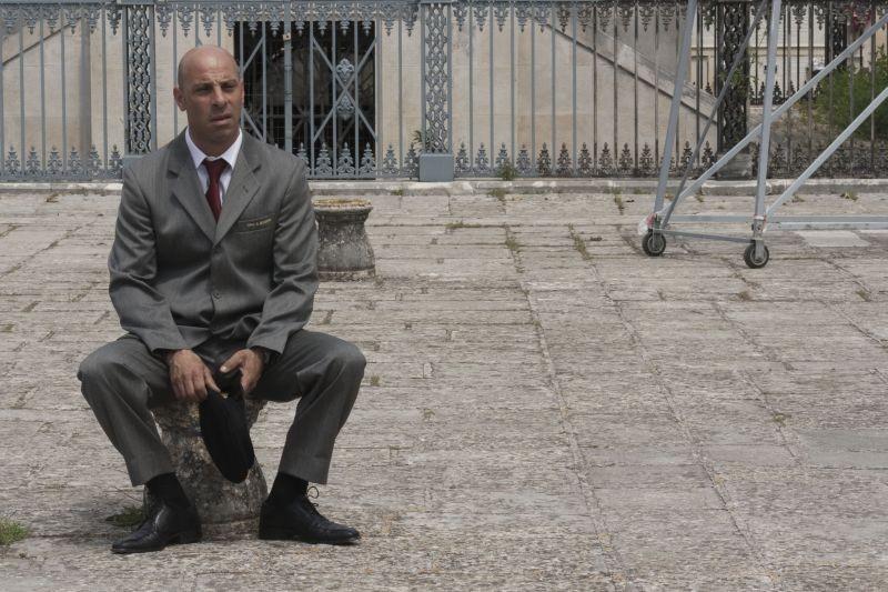 Pinuccio Lovero Yes I can: una scena del documentario sul becchino del paese di Mariotto, vicino a Bitonto