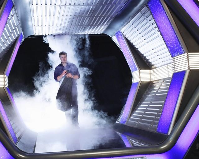 Nathan Fillion in una scena dell'episodio The Final Frontier della quinta stagione della serie Castle - Detective tra le righe