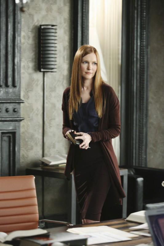 Darby Stanchfield  in una scena dell'episodio The Other Woman della seconda stagione di Scandal