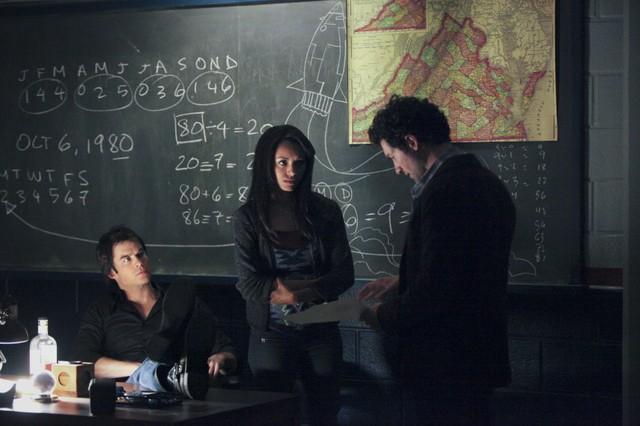 David Alpay. Ian Somerhalder e Kat Graham in una scena dell'episodio We All Go a Little Mad Sometimes della serie TV The Vampire Diaries