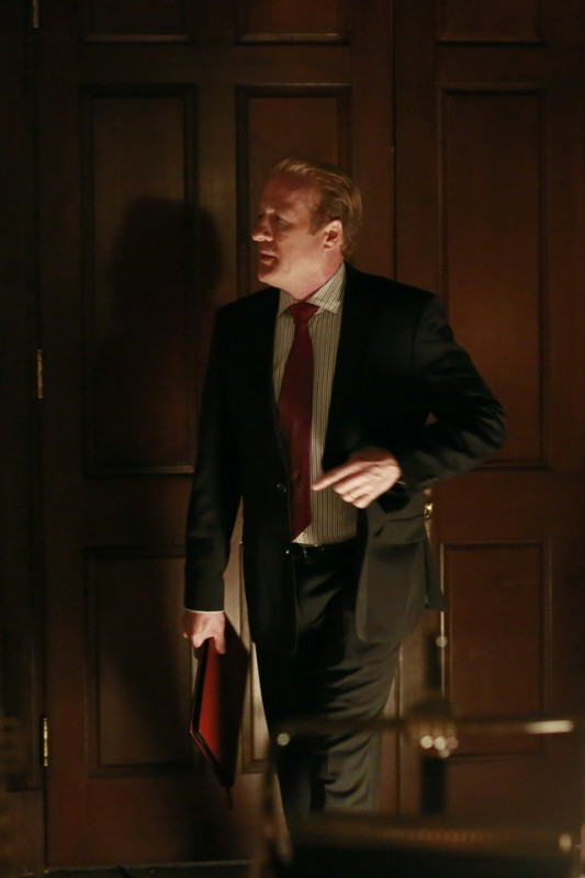 Gregg Hnery in una scena dell'episodio Beltway Unbuckled della seconda stagione di Scandal