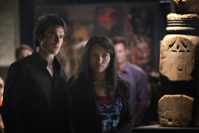 Ian Somerhalder e Kat Graham in una scena dell'episodio We All Go a Little Mad Sometimes della serie televisiva The Vampire Diaries