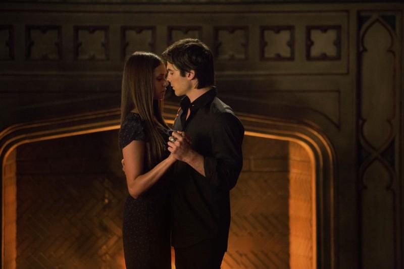 Ian Somerhalder e Nina Dobrev in una scena dell'episodio My Brother's Keeper della serie TV The Vampire Diaries