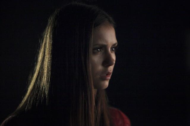 Nina Dobrev in una scena dell'episodio We All Go a Little Mad Sometimes della serie TV The Vampire Diaries