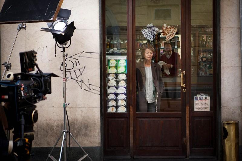 Tutto parla di te: Charlotte Rampling sul set del film