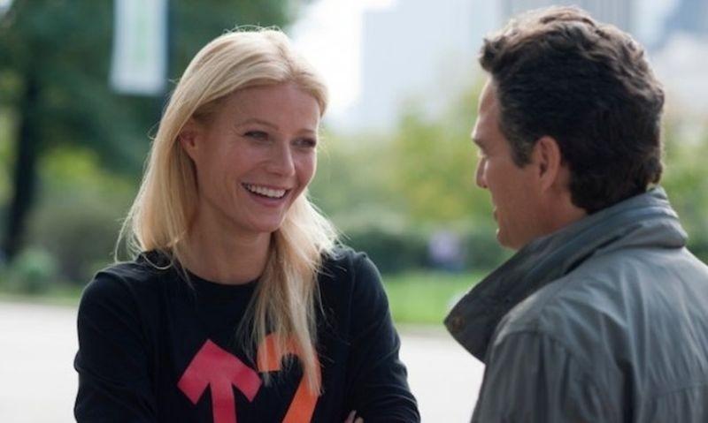 Mark Ruffalo e Gwyneth Paltrow in una scena di Tentazioni (Ir)resistibili