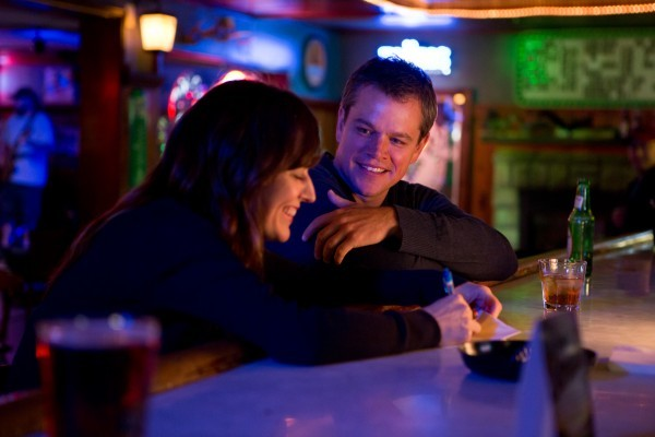 Promised Land: Matt Damon e Rosemarie DeWitt in una scena del film