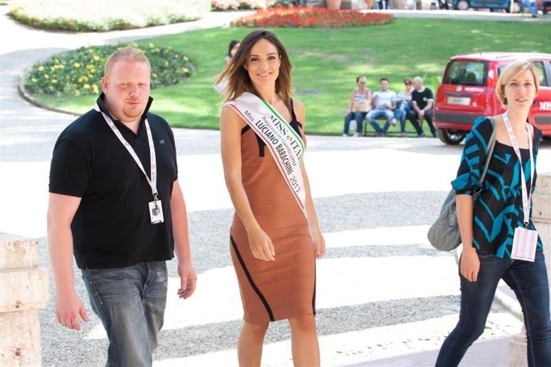 Diletta Innocenti Fagni con la fascia Miss Luciano Barachini a Miss Italia 2012