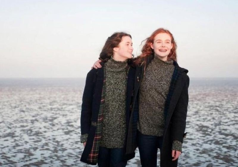 Elle Fanning e Alice Englart protagoniste di Ginger & Rosa
