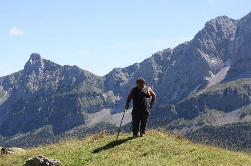 L'ultimo pastore: il pastore Renato Zucchelli in una scena del film