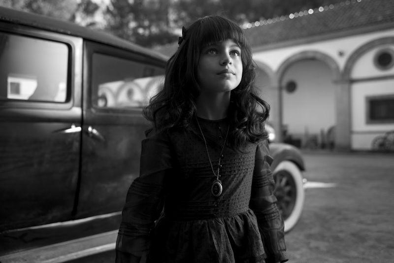 La torera Carmen da piccola in una scena di Blancanieves