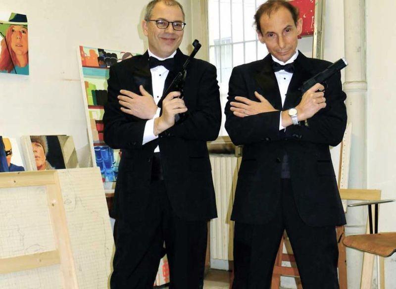 Noi non siamo come James Bond: gli autori del film Mario Balsamo e Guido Gabrielli in una foto promozionale