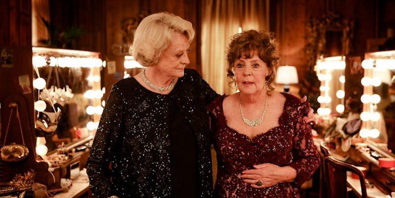 Quartet: Maggie Smith insieme a Pauline Collins in una scena del film