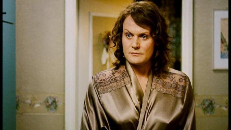 Devid Striesow è il transessuale Sophia in Transpapa