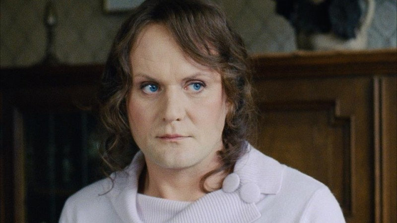 Devid Striesow è il transessuale Sophia nel dramedy Transpapa
