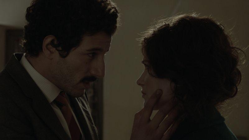 Itaker: Francesco Scianna con Monica Birladeanu in una scena del film