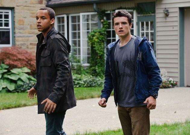Josh Hutcherson e Connor Cruise in Red Dawn