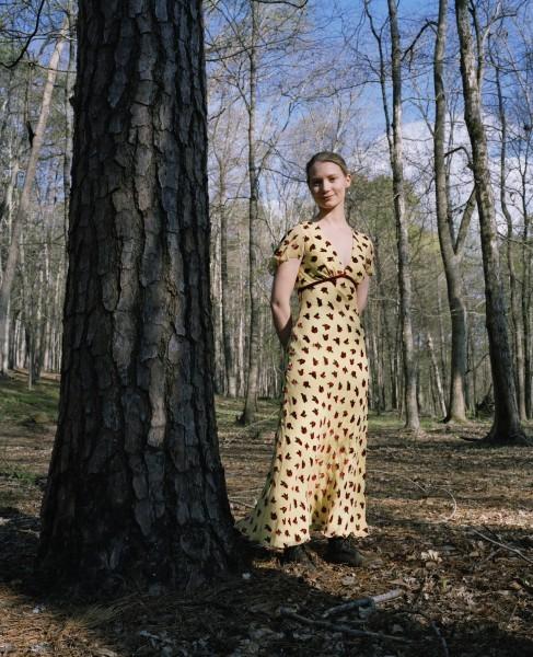 Mia Wasikowska in un'immagine promozionale di Lawless
