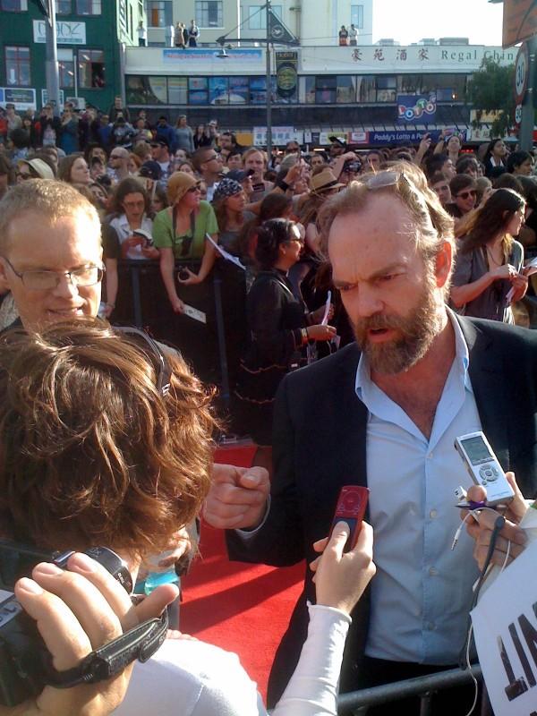 Lo hobbit - Un viaggio inaspettato: Hugo Weaving alla premiere di Wellington