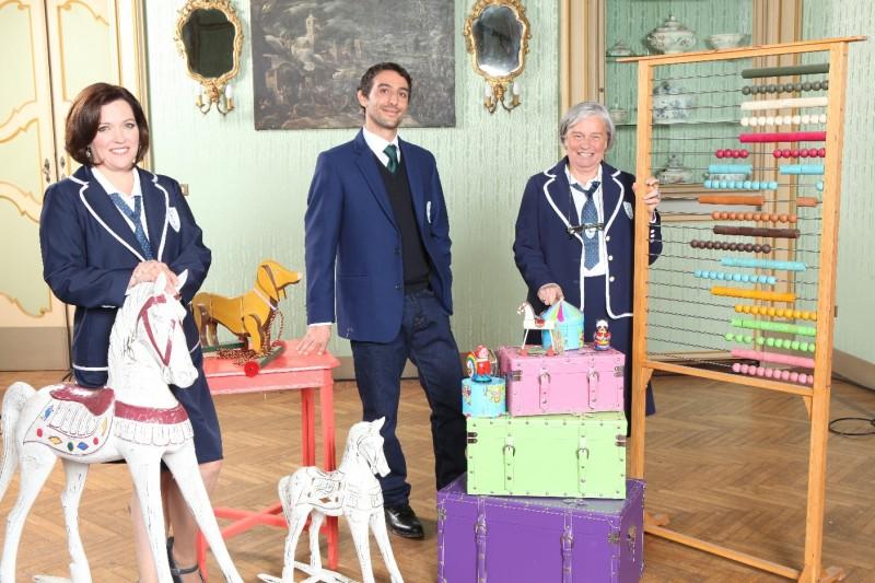 SOS Tata, ottava edizione: Lucia Rizzi, Adriana Cantisani e Martino Campagnoli