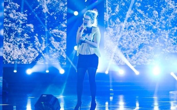 X Factor 6: Cixi canta il suo inedito nella semifinale