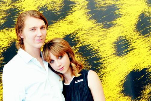 Una tenera immagine di Paul Dano e Zoe Kazan a Locarno per Ruby Sparks