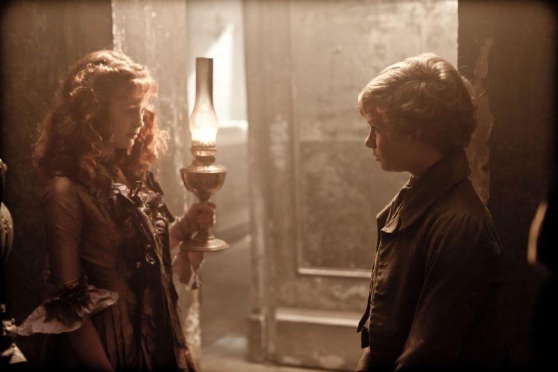 Grandi speranze: Helena Barlow e Toby Irvine in una scena