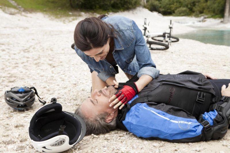 Colpi di fulmine: Luisa Ranieri e Christian De Sica in una scena