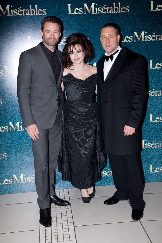 Les Misérables: Hugh Jackman, Helena Bonham Carter e Russell Crowe durante la premiere londinese a Leicester Square