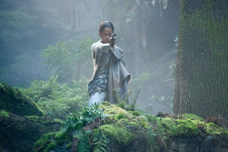 Cloud Atlas: Halle Berry in una scena nei panni di Meronym