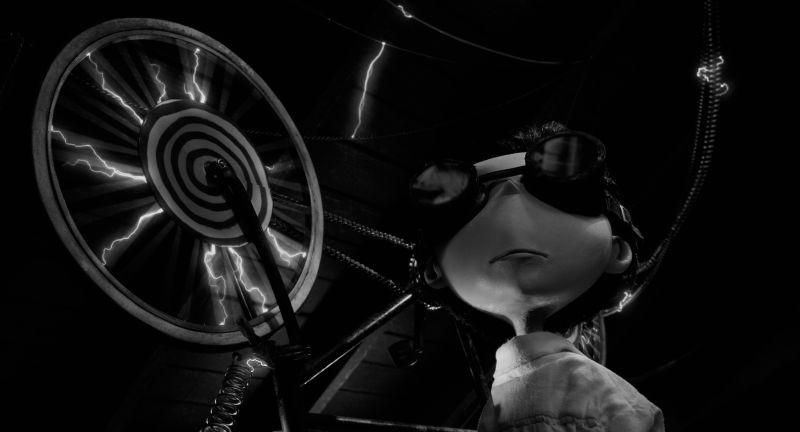 Frankenweenie: Victor in una scena del nuovo capolavoro animato in stop motion di Tim Burton