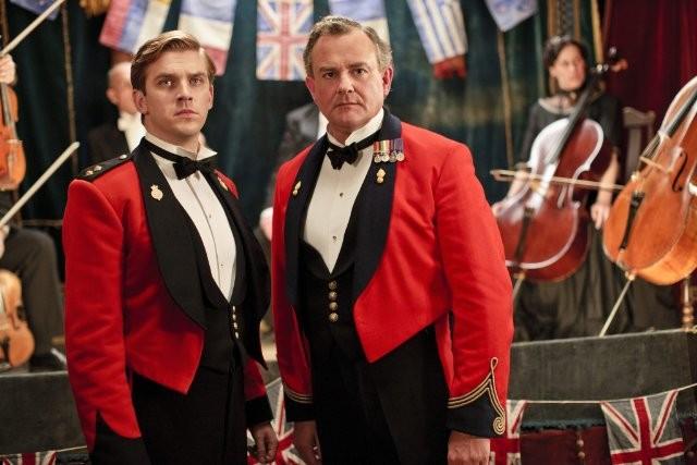 Downton Abbey: Hugh Bonneville e Dan Stevens in una scena della serie