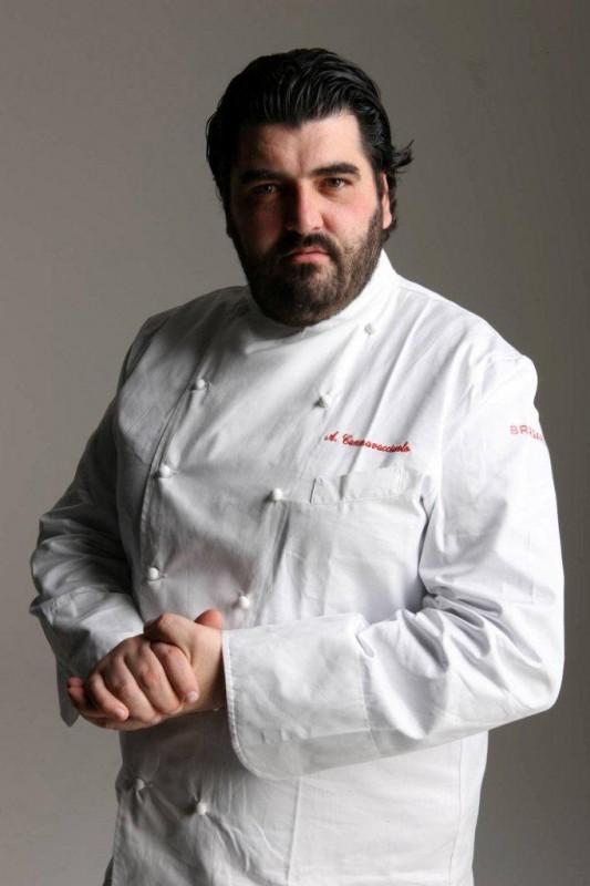 Cucine da Incubo Italia: Antonino Cannavacciuolo fotografato da Oliviero Toscani.