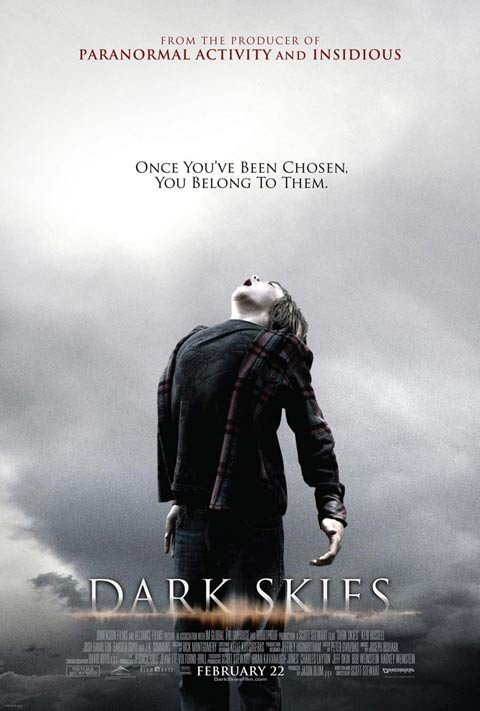 Dark Skies: la locandina del film