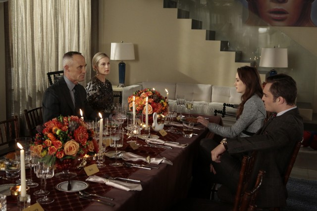 Gossip Girl: John Burke, Kelly Rutherford, Leighton Meester ed Ed Westwick nell'episodio It's Really Complicated