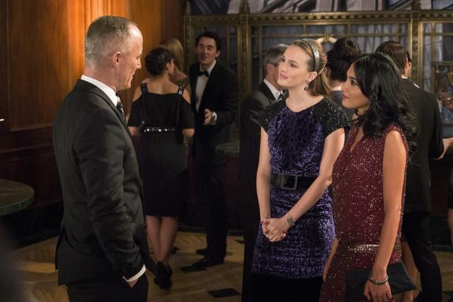 Gossip Girl: John Burke, Leighton Meester ed Hina Abdullah nell'episodio The Revengers