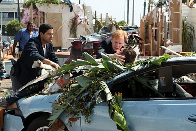 CSI Miami: Adam Rodriquez, Omar Miller, David Caruso e Jonathan Togo nell'episodio Spazzati via, della decima stagione