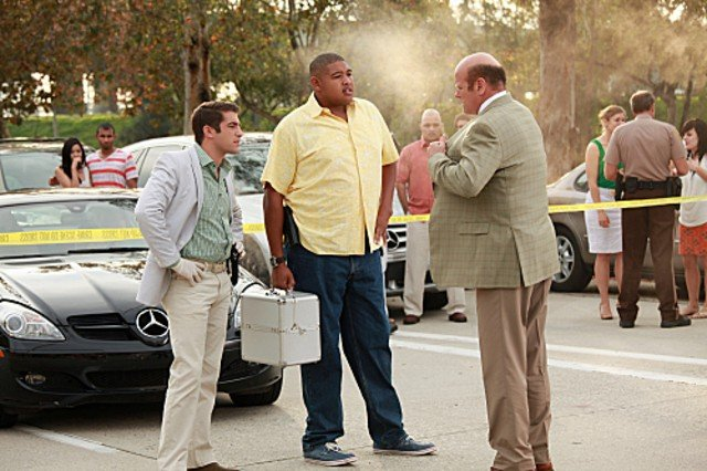 CSI Miami: Jonathan Togo con Oman Benson Miller in una scena dell'episodio L'ultimo lancio, della decima stagione